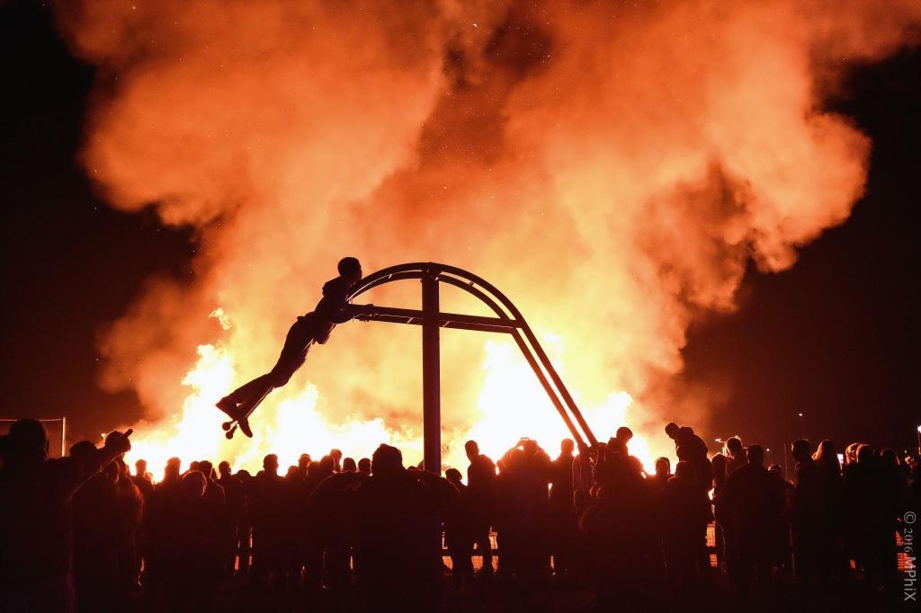 littlehampton-bonfire-2016mphix