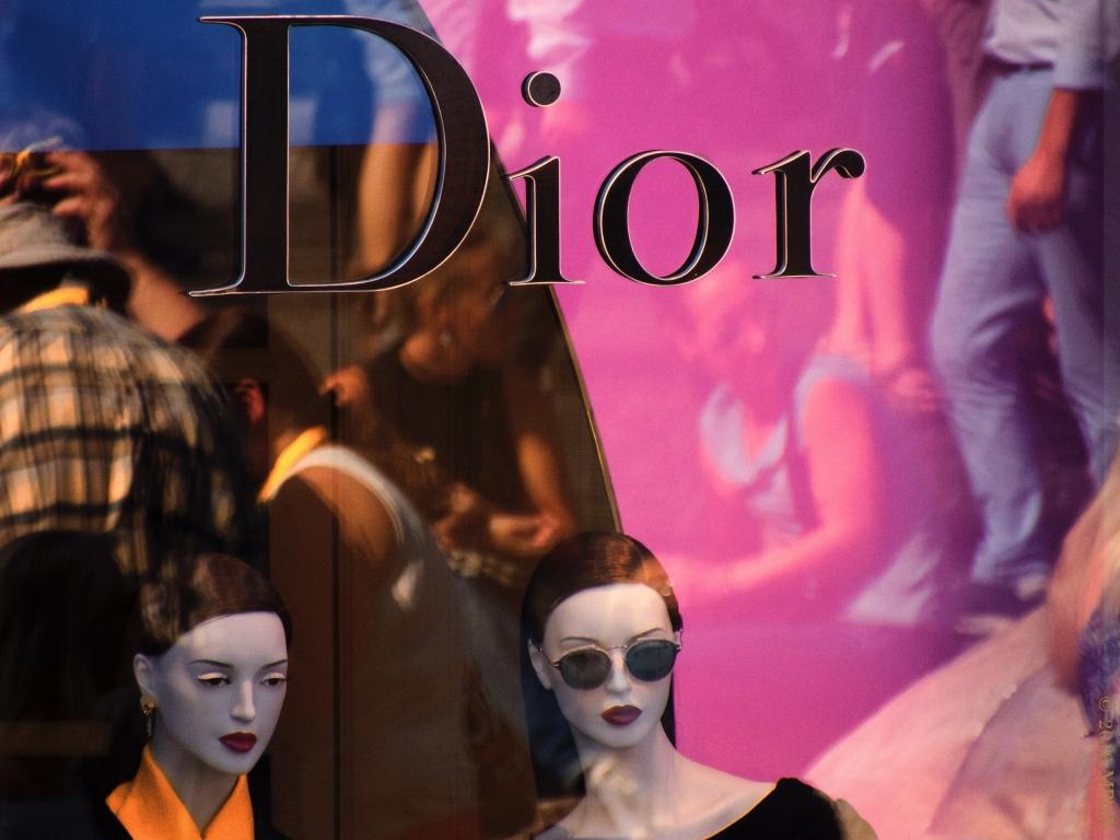 rome-dior-mannequins-2_mphix