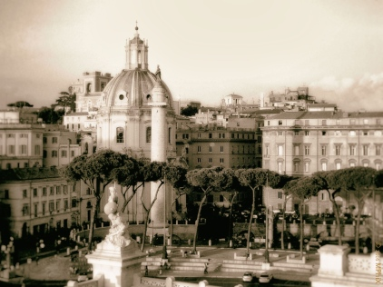 rome-view-of-trajans-market-bw-miniature_mphix