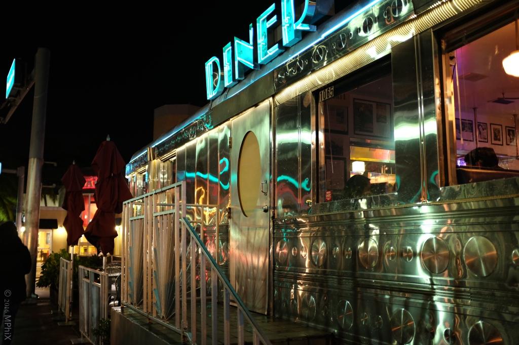 miami-diner-night_mphix
