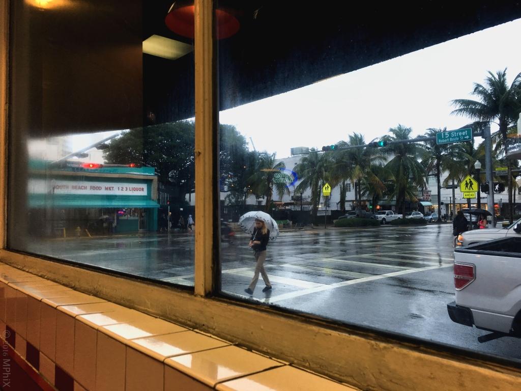 miami-view-through-5-guys-window_mphix